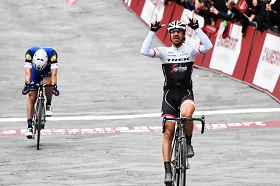 Fabian Cancellara wins the 2016 Strade Bianche